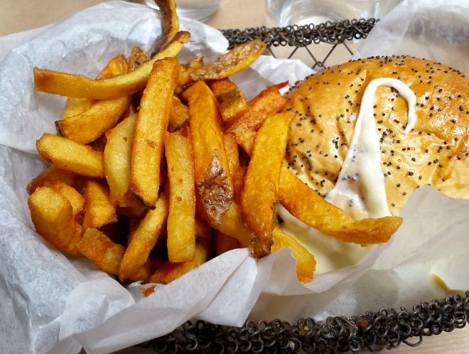 burger-veggie-bedford-diner