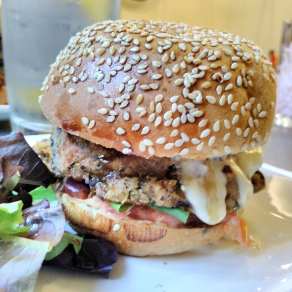 burger végétarien à Harper's